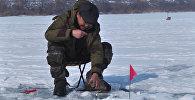 Рыбалка на мормышку со льда — кадры с первых соревнований в Кыргызстане