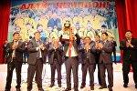 Награждение футболистов ФК Алай в Ошском национальном драматическом театре имени Султана Ибраимова