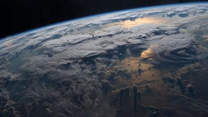 Вид на землю с космоса. Архивное фото