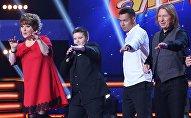 Члены жюри проекта Ты супер! выступили на подтанцовке у конкурсанта Данила Хомякова. Архивное фото