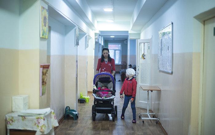 Черные вены и плач детей — репортаж из детской онкологии