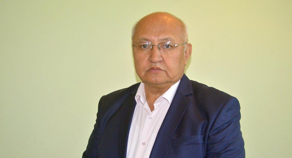 Пресс-секретарь Кыргызской государственной медицинской академии Абибилла Пазылов. Архивное фото