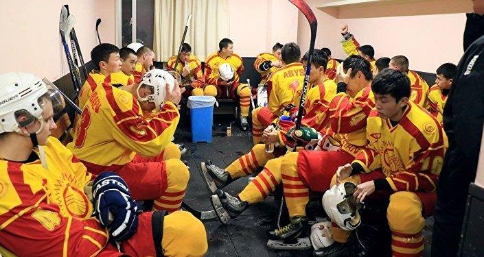Кыргызстанцы встретились с соперниками из Кувейта и одержали победу со счетом 5:0