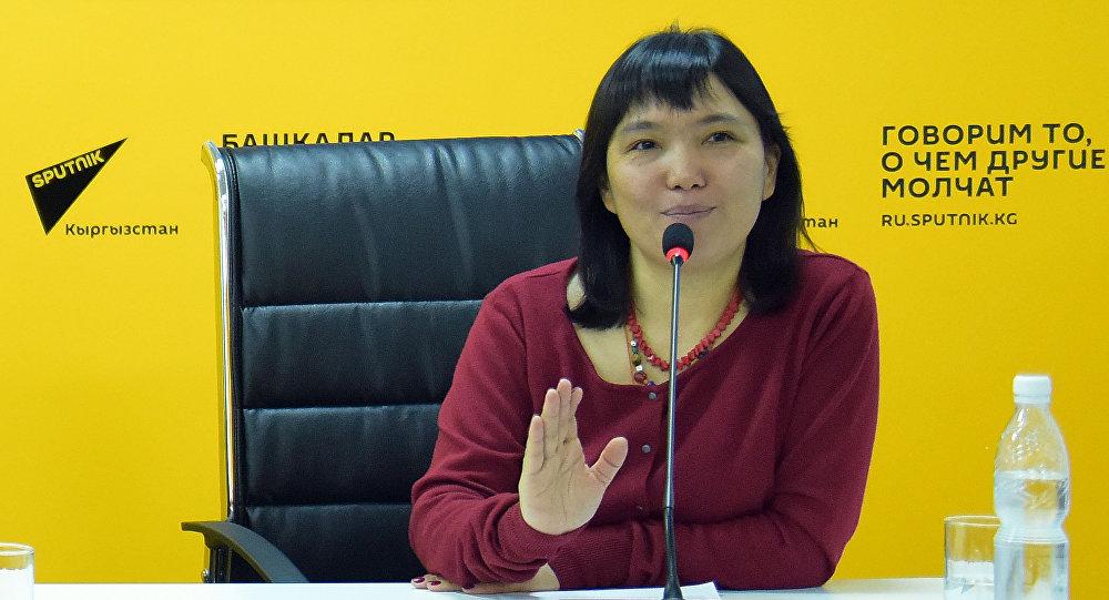 Бишкек мэринин кеңешчиси Гуля Алмамбетова. Архивдик сүрөт