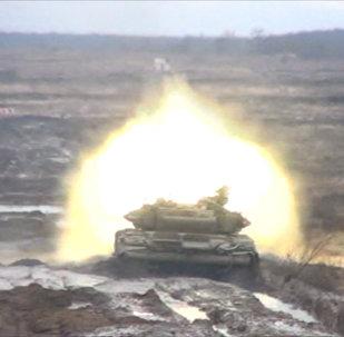 Танки обстреляли вертолеты — учения в Ростове