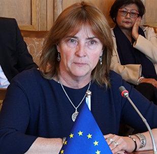 Председатель делегации комитетов Европарламента по парламентскому сотрудничеству Ивета Григуле в Бишкеке