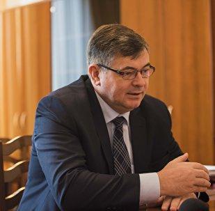 Архивное ото вице-премьера Кыргызстана Олега Панкратова