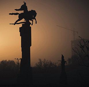 Утренний морозный Бишкек. Архивное фото