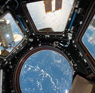 Космический грузовой корабль. Архивное фото