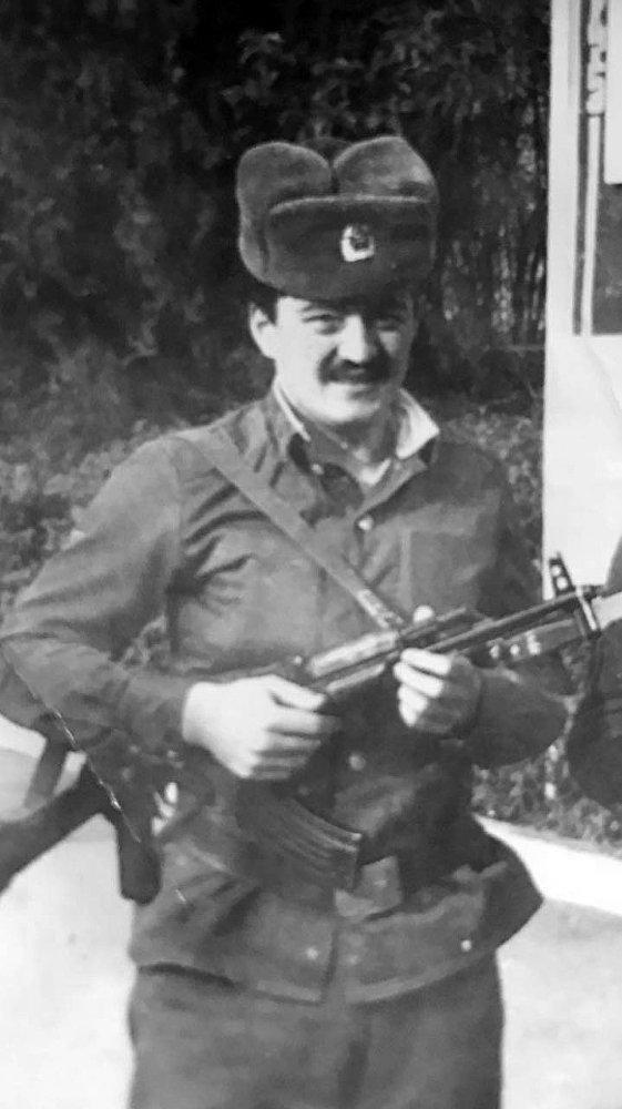 Бишкек шаарынын мэри Албек Ибраимов Закавказьедеги аскерий округунда 1989-1991-жылдары кызмат өтөгөн