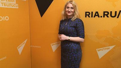 Психолог проекта Ты супер! Надежда Уффельман в радиостудии Sputnik Грузия