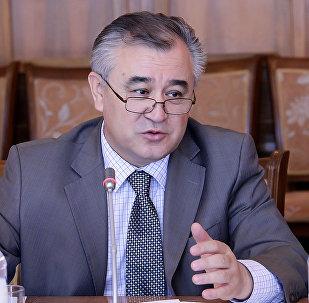 Ата Мекен партиясынын лидери Өмүрбек Текебаевдин архивдик сүрөтү