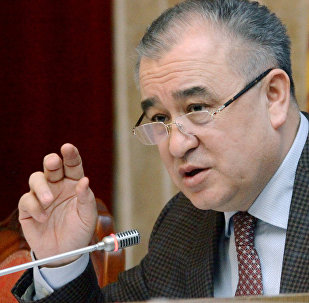 Архинвое фото лидера партии Ата Мекен Омурбека Текебаева