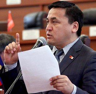 Депутат ЖК 6 созыва Каныбек Иманалиевдин архивдик сүрөтү