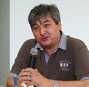 Казахстанский политолог Данияр Ашибаев