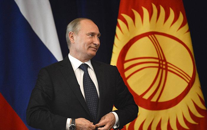 Архивное фото новоизбранного президента Российской Федерации Владимира Путина