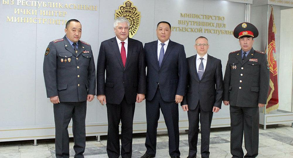 Визит российской делегации МВД в Бишкек