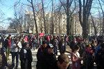 Митинг сторонников депутата Текебаева у здания ГКНБ в Бишкеке