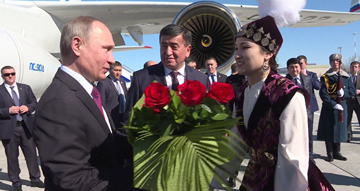 Путин: РФ будет поддерживать Киргизию напути интеграции вЕврАзЭС