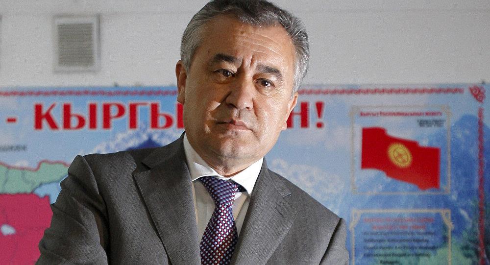 ЖКнын мурунку депутаты Өмүрбек Текебаев. Архив