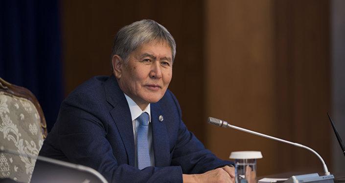 Депутат предложил отнять  неприкосновенности экс-президента Кыргызстана