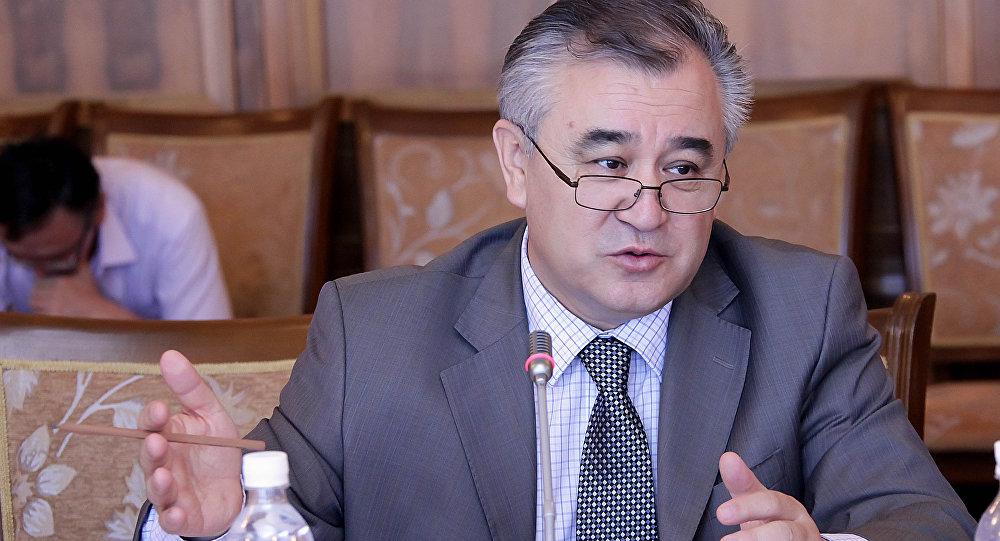Архивное фото лидера фракции Ата-Мекен Омурбека Текебаева