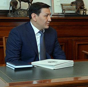 УКМК жетекчиси Абдил Сегизбаевдин архивдик сүрөтү
