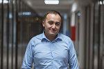 Коомдук телерадиоберүү корпорациясынын (КТРК) башкы директору Илим Карыпбеков. Архивное фото