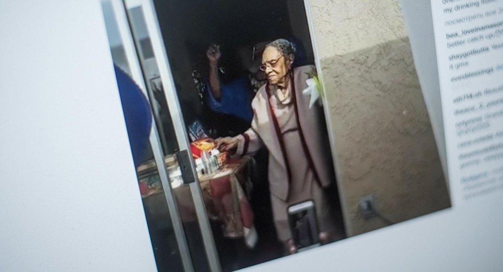 Соцсети взорвал зажигательный танец бабушки в 100-й день ее рождения Sputnik  Табылды Кадырбеков