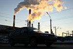 Дым из труб Теплоэлектростанции. Архивное фото