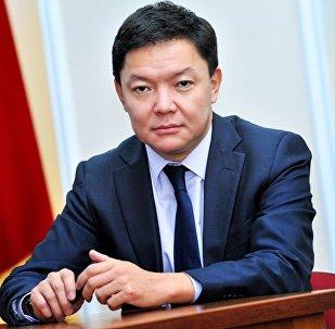 ЖК депутаты Канат Керезбековдун архидвик сүрөтү