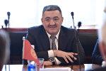 Бишкек шаарынын мэриясы калаа башчысы Албек Ибраимовдун архивдик сүрөтү