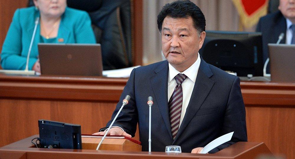 Министр здравоохранения Кыргызской Республики Батыралиев Талантбек Абдуллаевич. Архивное фото
