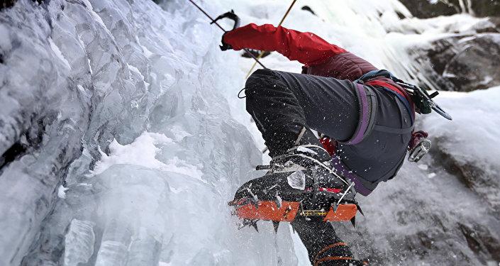 Альпинист. Архивдик сүрөт