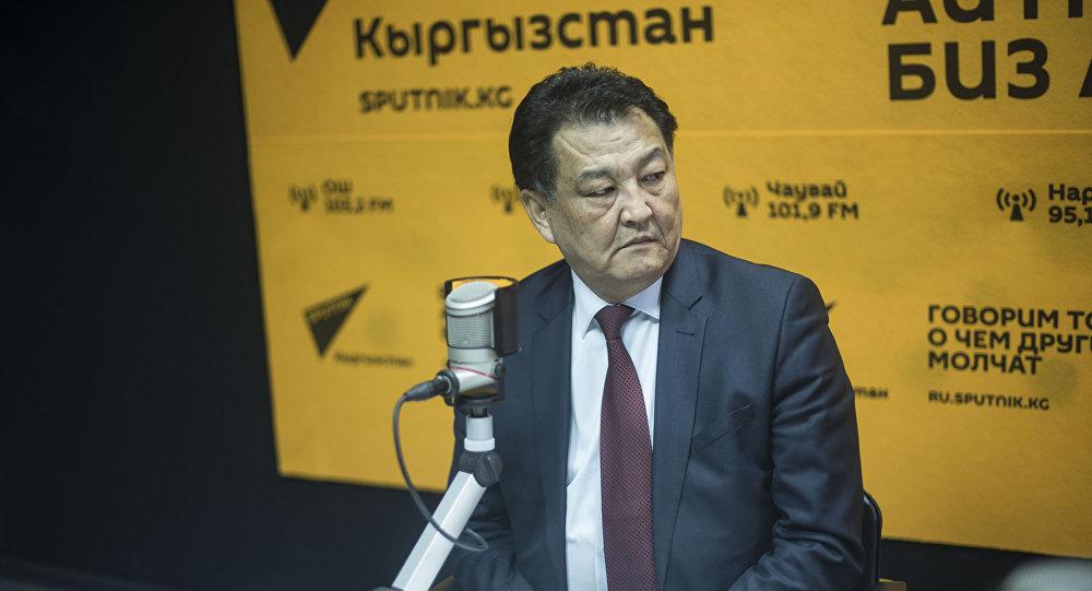 Медицина илимдеринин доктору, профессор Талантбек Батыралиев. Архив