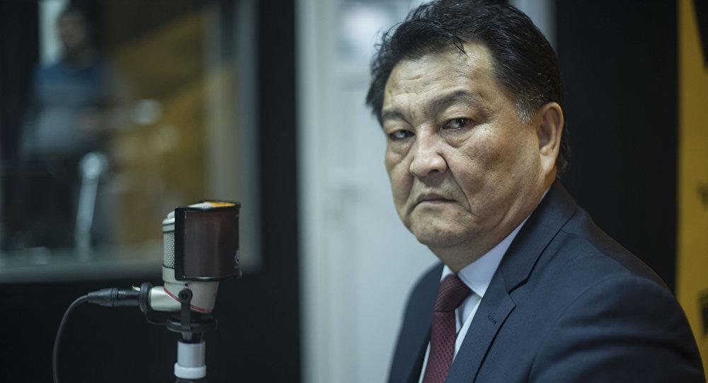 Министр здравоохранения КР Батыралиев Талантбек