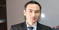 Урмат Чандаев во время награждения медалью 90 лет кыргызской милиции