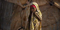 Сомалийская девочки в лагере для переселенцев. Архивное фото