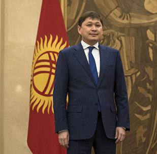 КР президентинин аппаратынын жетекчисинин биринчи орун басары Сапар Исаковдун архивдик сүрөтү