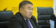 Белгилүү экономист Жумакадыр Акенеевдин архивдик сүрөтү