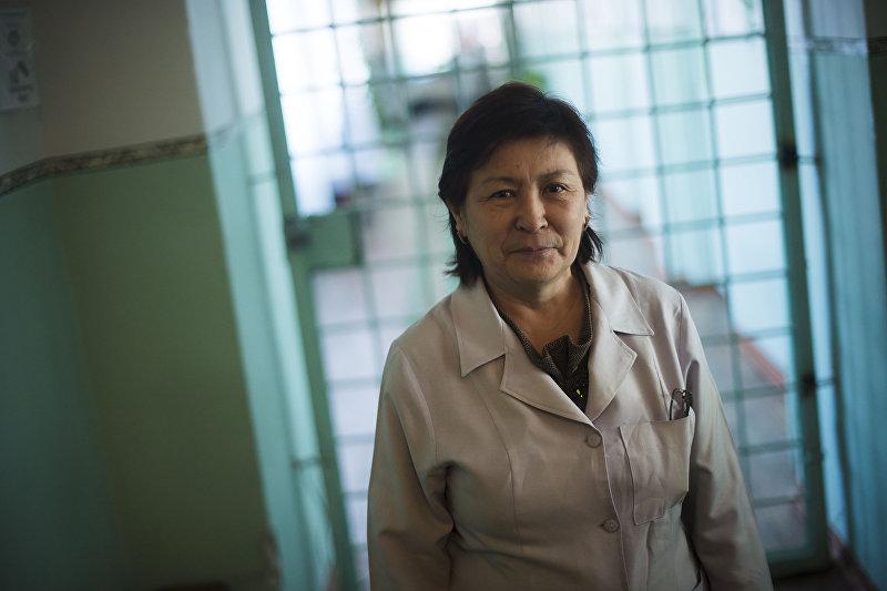 Заведующая отделением в республиканской психиатрической больницы в селе Чым-Коргон Дамира Султангазиева