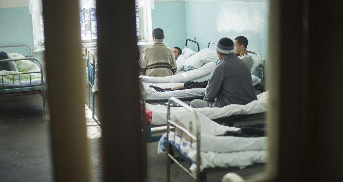 Пациенты в больничной палате. Архивное фото