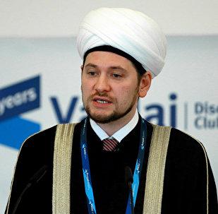 Архивное фото зампреда Духовного управления мусульман России Дамир-хазрат Мухетдинова