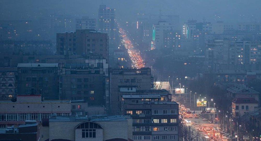 Снимок вечернего Бишкека, фотографа из Самары Арсения Сычова