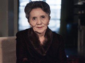 Народная артистка Киргизской ССР,  Герой Кыргызской Республики Сабира Кумушалиева