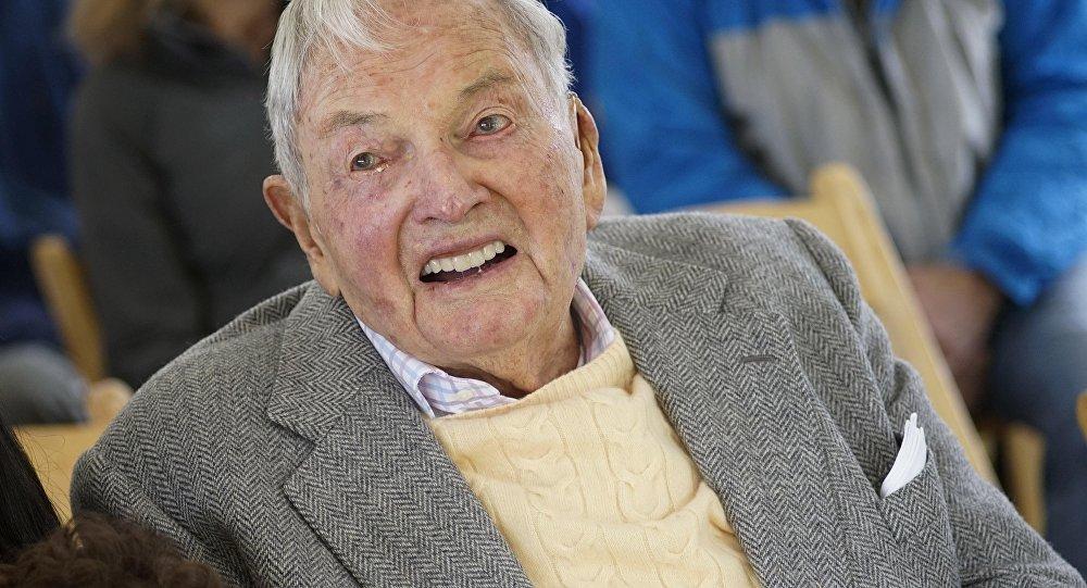 Архивное фото старейшего в мире миллиардера Дэвида Рокфеллера