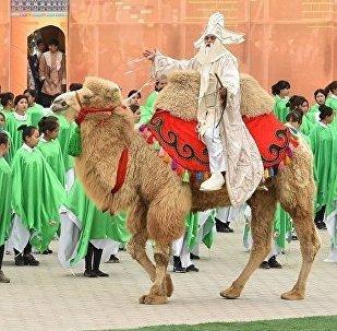Масштабное празднование Наурыза (Нооруз) прошло в городе Туркестане, которому в этом году выпала честь быть культурной столицей тюркского мира