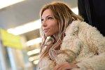 Певица Юлия Самойлова, представитель России на международном песенном конкурсе Евровидение-2017, в аэропорту Шереметьево.