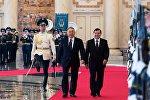 Президент Республики Казахстан Нурсултан Назарбаев и президент Республики Узбекистан Шавкат Мирзиеев во время встречи в Астане.
