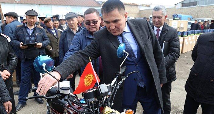 Всего было выдано 172 мотоцикла в 88 айыл окмоту
